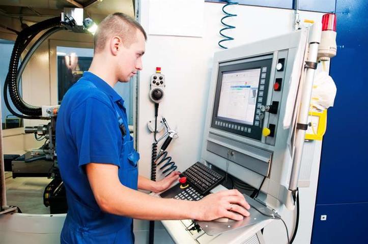 CNC Machining Operator